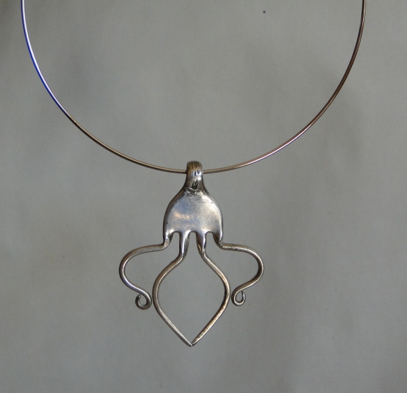 fork necklace -